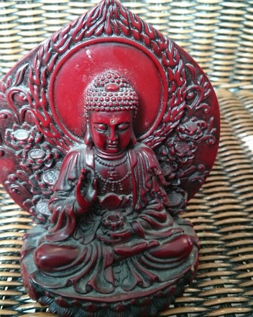 Buddha met zon